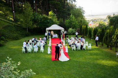 Hotel Brasov - nunti in aer liber