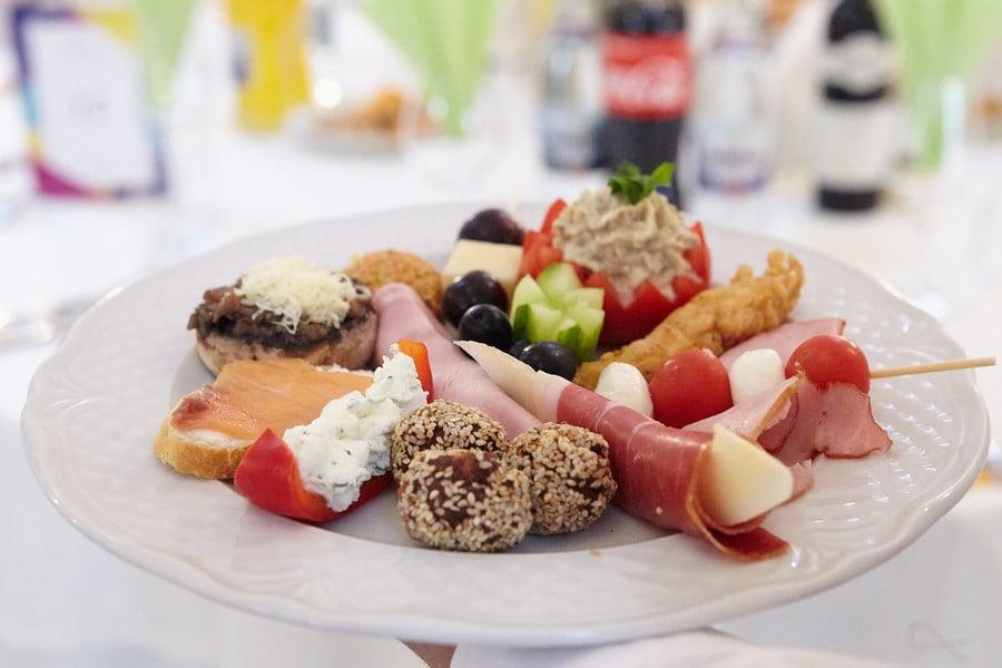 Oferta Nunta Brasov Hotel Sacele Brasov Preturi Meniu
